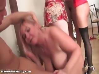 Dirty old sluts go crazy jerking