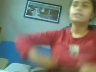 Indian girl Boob flashing