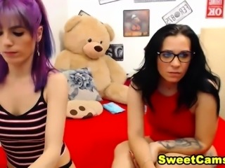 Horny Lesbian In A Awesome Foot Fetish Show