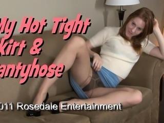 Hottie in nylon panties loves to strip