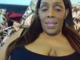 Curvaceous black mom intends to get really wild with yo
