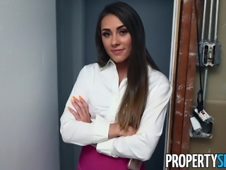 PropertySex - Hot young real estate agent sex with carpenter
