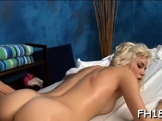 Mouthwatering blonde Chloe Foster gets pink tang drilled