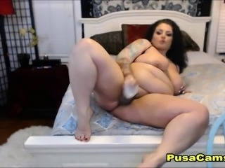 FAT WET and Oiled Huge Ass Mommy