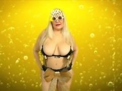 Merry Christmas hot dance 2019 by Musa Libertina