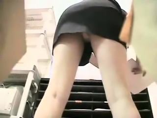 milf car outdoor upskirt