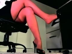 Pantyhose femdom prefers desk domination