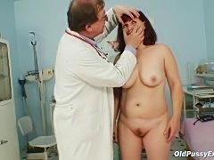 Zita mature woman gyno speculum exam at clinic