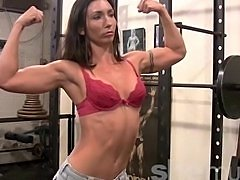 Flexible Gym Hottie