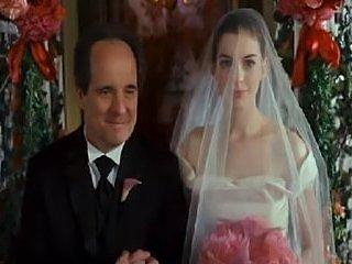 Anne Hathaway Bride Wars Sexy