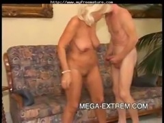 Old Hottie  Fucks Good Pt-2 mat ... free