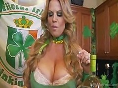 Fuck Me Im Irish Drunk and Got Big Tits