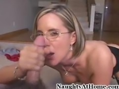 Desirae Spencer gets a facial