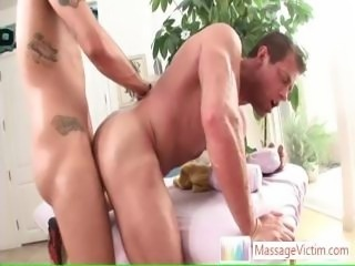 Muscled guy getting his ass fucked hard and deep By Massagevictim part1