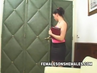 Shemale Boss Wanting To Fuck Her Secretary
