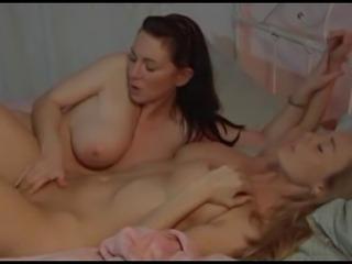 porno-breet-yaytsa
