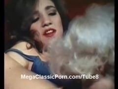 Little Oral Annie  Angel Cash classic lesbians
