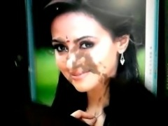 Sana Khan Tamil Actress Facial