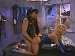 Nina Hartly classic FM scene
