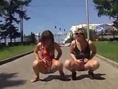 2 dolls urinate in the pants
