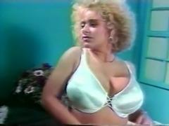 Wonderfull Torpedo-Tits of DeeDee Reves