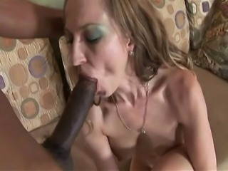 Milf with big boobs giving blowjob and fucking