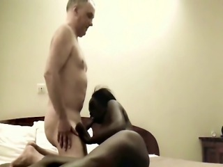 Nyomi giving head to her loverboy