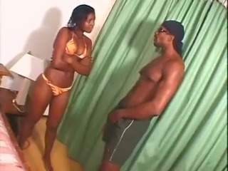 Young black girl take Huge Cumshot after the beach