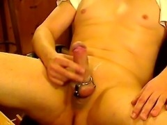 Jerk off in Cockring