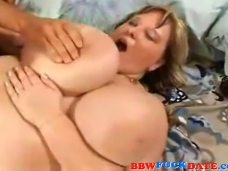 Experienced fat girlfriend eating big cock