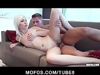 Bigbooty blonde bombshell gets some rough doggystyle