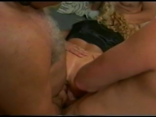 Hot body milf does anal masturbation