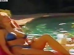 Celebrity Babe Sara Suzanne Brown