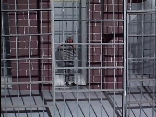 midget in jail