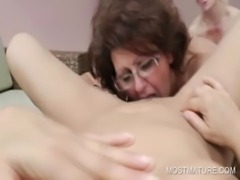 Threesome with mature lesbians free