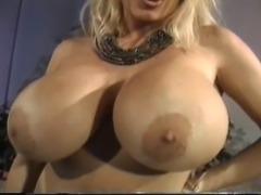 Lisa Lipps - Hot Busty Babe
