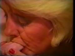 Gumjob - Mature Blonde free