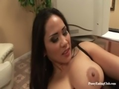 Jessica Bangkok and Victoria Lawson is some MILF lesbian pussyeating fun free