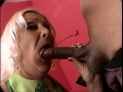 Anastasia Sands gets her mouth fucked free