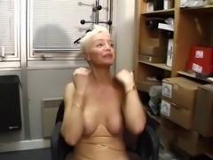 Sonja Muere , Les Mamies Perverses s'exhibent dans la Rue