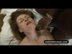 Mature housewife does big black cock free