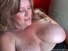Beautiful cougar has nice big tits free