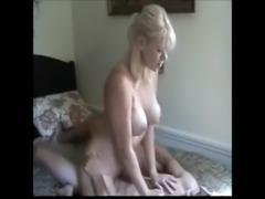 gorgeous blonde milf enjoying a ... free