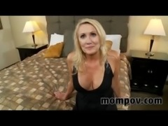 blonde milf gets a facial free