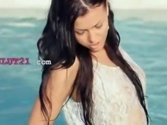 Incredible pool wow sex with horny babe