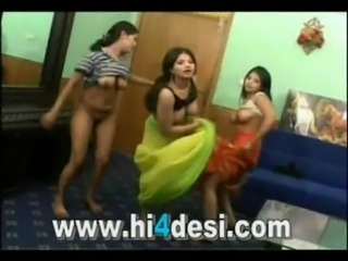 Home made hot indian pakistani desi nude dance free