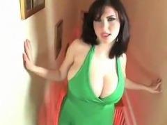 BBW Big Tits Brunette Masturbates