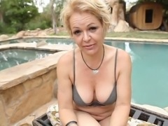 Dirty MILF Kelly fucking younger guy