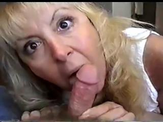 madura mamando 2