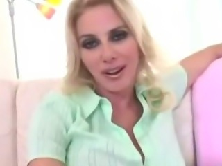 Horny Mom Penny Porsche wants young hard cock